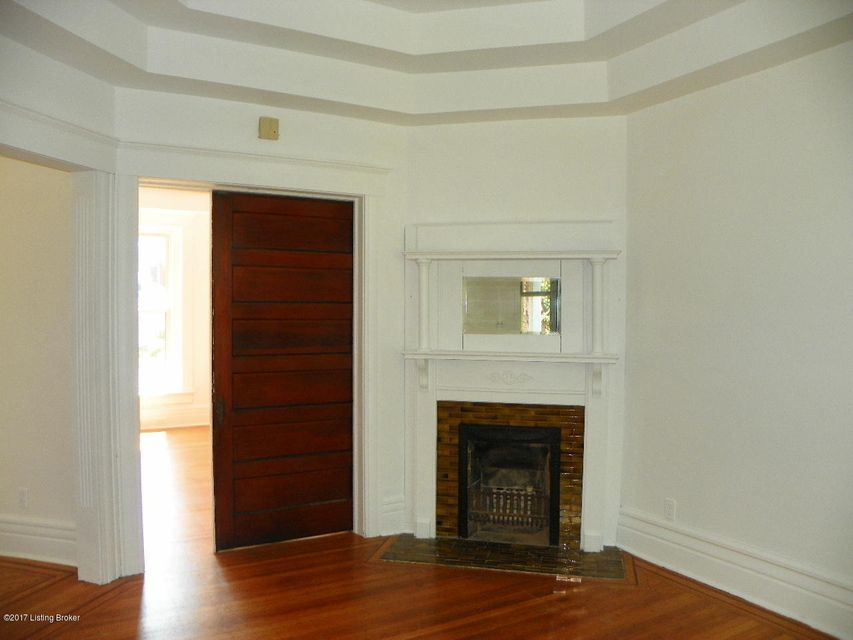 Additional photo for property listing at 1323 Bellwood Avenue  Louisville, Kentucky 40204 United States
