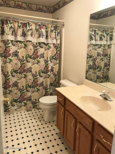 Additional photo for property listing at 36 Jena Court  Brandenburg, Kentucky 40108 United States