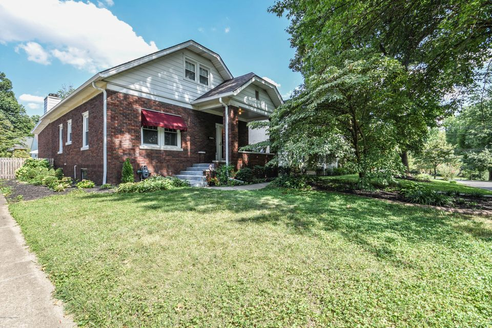 Single Family Home for Sale at 3125 Teal Avenue Louisville, Kentucky 40213 United States