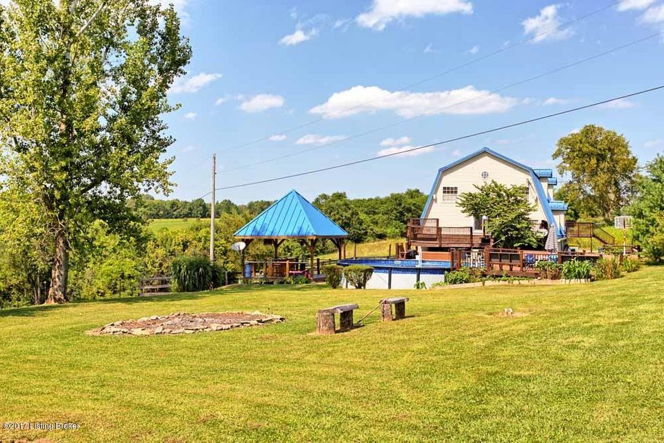 Additional photo for property listing at 145 Hill Valley Drive 145 Hill Valley Drive Taylorsville, Kentucky 40071 United States