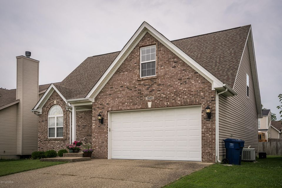 Additional photo for property listing at 7020 Villagate Gate Trace  Louisville, Kentucky 40291 United States