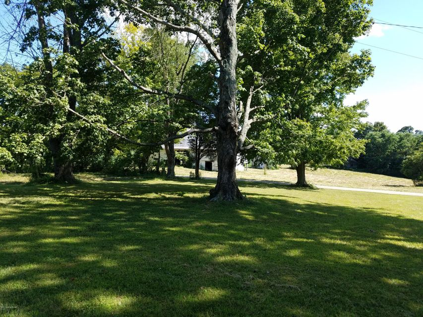 Additional photo for property listing at 222 Powell Hill 222 Powell Hill Milton, Kentucky 40045 United States