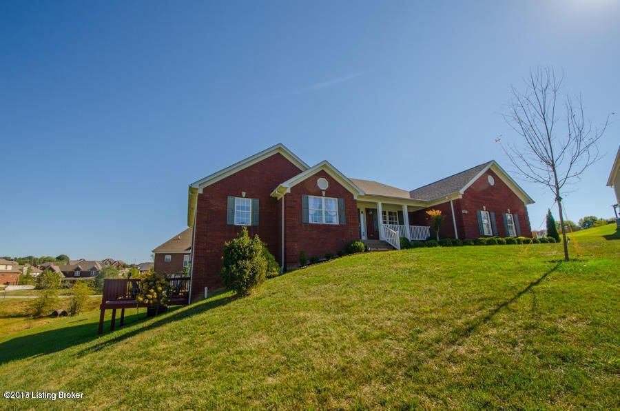 Additional photo for property listing at 6808 Heritage Hills Court 6808 Heritage Hills Court Crestwood, Kentucky 40014 United States