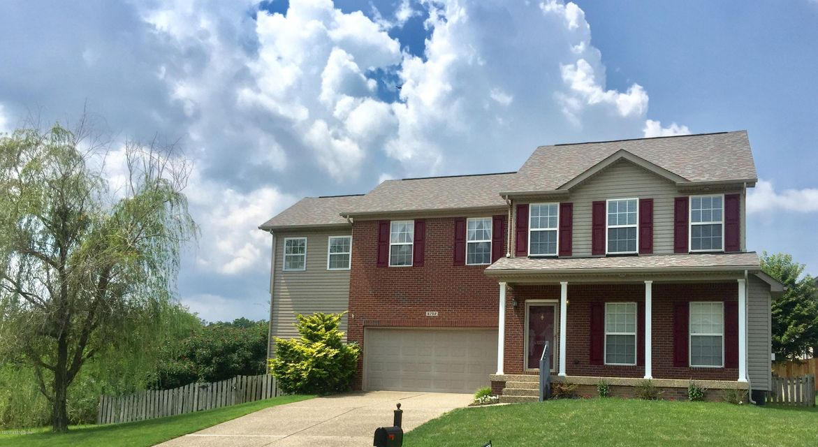 Single Family Home for Sale at 8702 Hidden Grove Place Louisville, Kentucky 40291 United States
