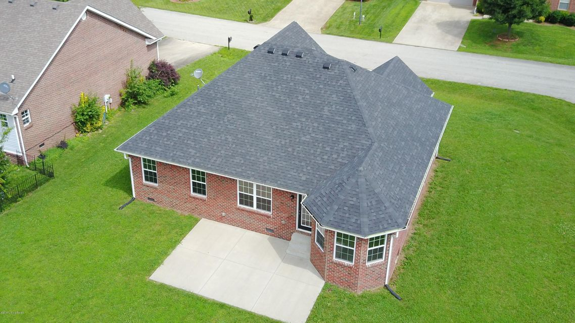 Additional photo for property listing at 112 Fox Ridge  Bardstown, Kentucky 40004 United States