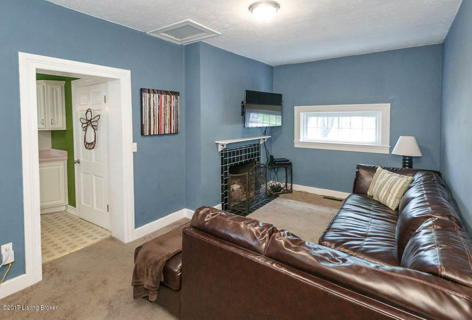Additional photo for property listing at 907 Rosemary Drive 907 Rosemary Drive Louisville, Kentucky 40213 United States
