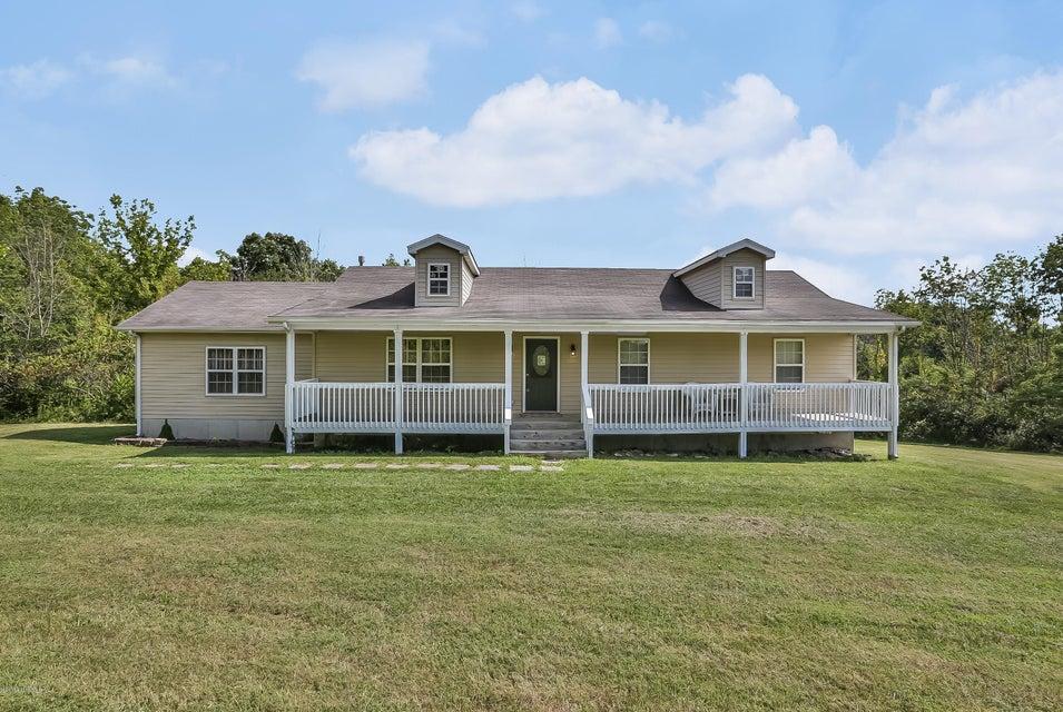 Additional photo for property listing at 137 Webb Lane 137 Webb Lane Sulphur, Kentucky 40070 United States