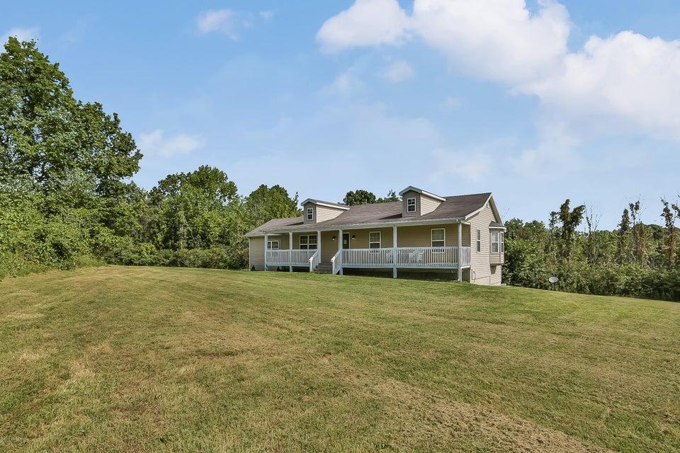 Farm / Ranch / Plantation for Sale at 137 Webb Lane 137 Webb Lane Sulphur, Kentucky 40070 United States