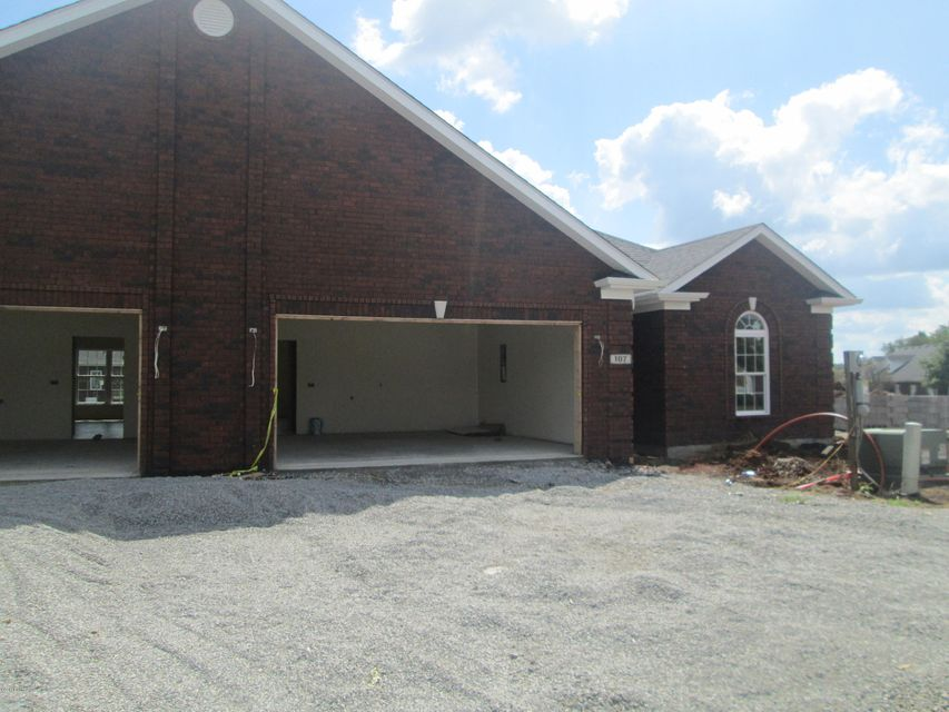 Single Family Home for Sale at 107 Adison Avenue 107 Adison Avenue Bardstown, Kentucky 40004 United States