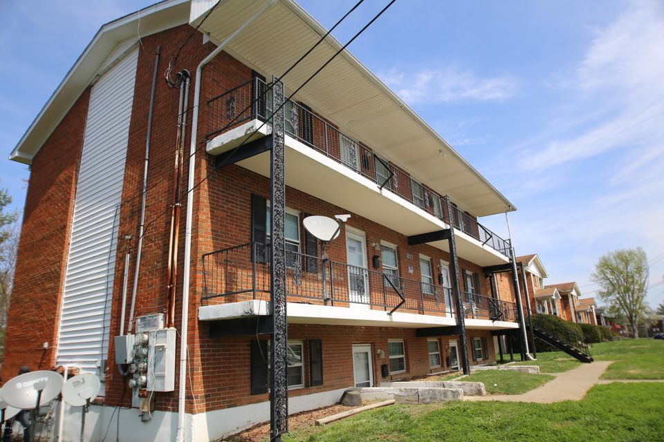 Apartment for Sale at 5511 Yucca Louisville, Kentucky 40258 United States