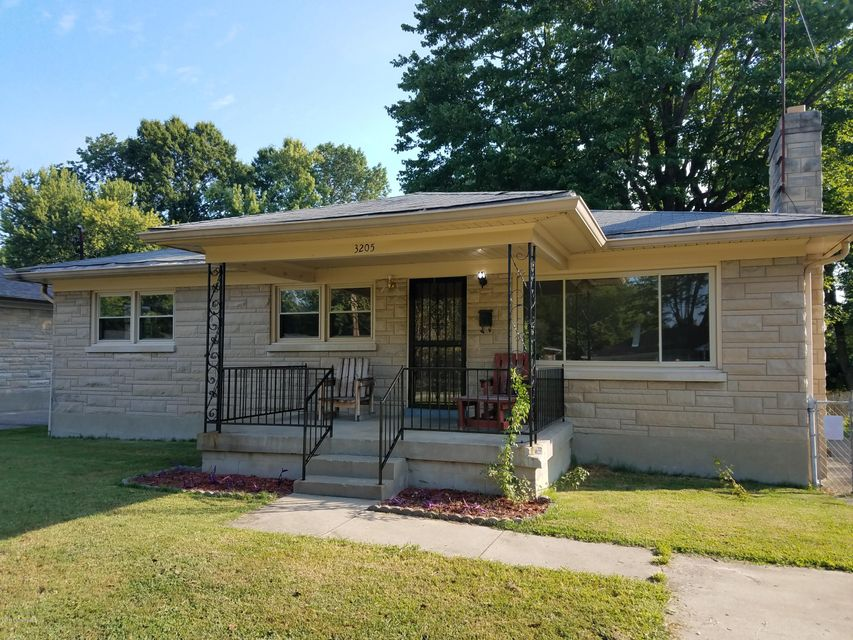 Single Family Home for Sale at 3205 Poplar View Drive 3205 Poplar View Drive Louisville, Kentucky 40216 United States