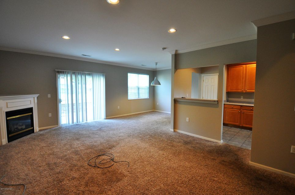 Additional photo for property listing at 5121 Tauten Square  Louisville, Kentucky 40241 United States
