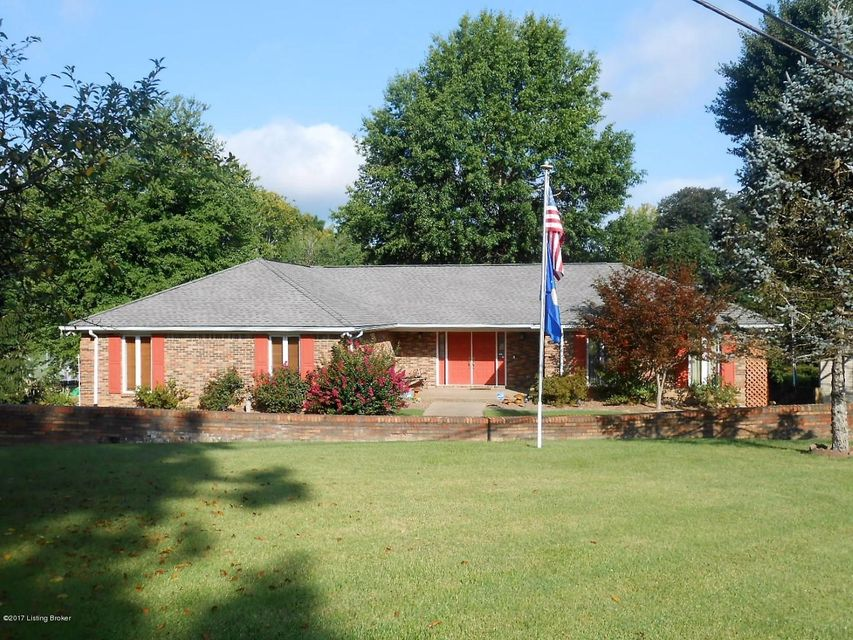 Single Family Home for Sale at 731 Main Street Muldraugh, Kentucky 40155 United States