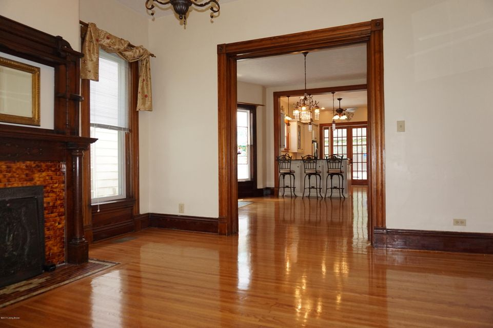 Additional photo for property listing at 2064 Sherwood  Louisville, Kentucky 40205 United States