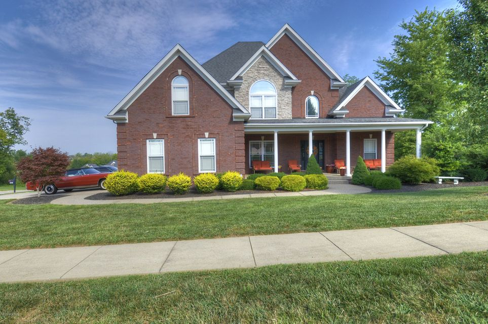 Single Family Home for Sale at 221 Notting Hill Blvd 221 Notting Hill Blvd Louisville, Kentucky 40245 United States