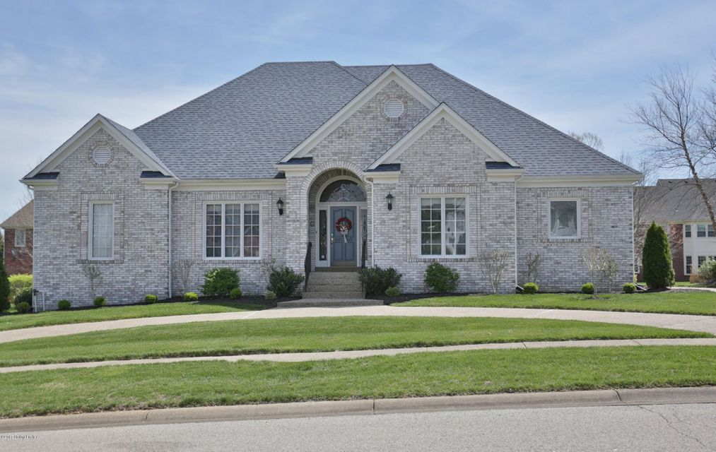 Single Family Home for Sale at 14208 Woodland Ridge Drive Louisville, Kentucky 40245 United States