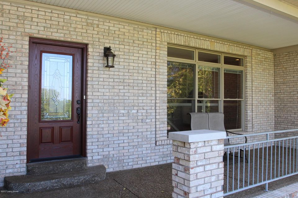 Additional photo for property listing at 7504 Abbott Glen Drive 7504 Abbott Glen Drive Crestwood, Kentucky 40014 United States