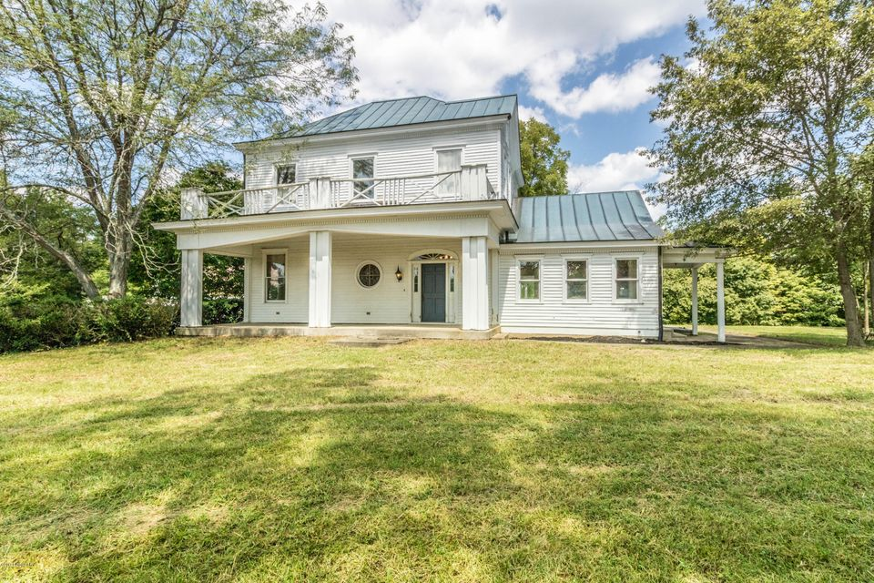 Single Family Home for Sale at 11201 Easum Road Louisville, Kentucky 40299 United States