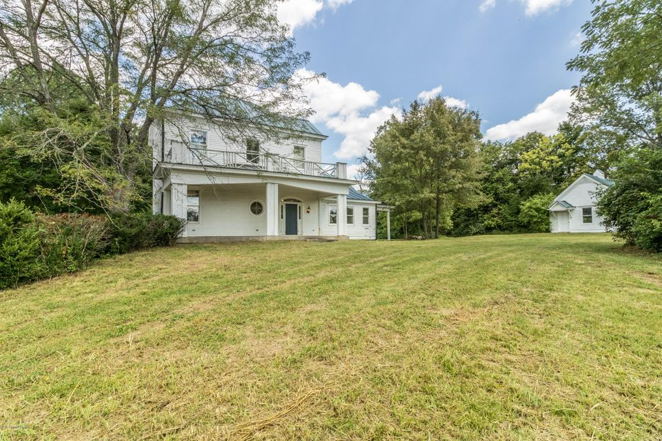 Additional photo for property listing at 11201 Easum Road  Louisville, Kentucky 40299 United States