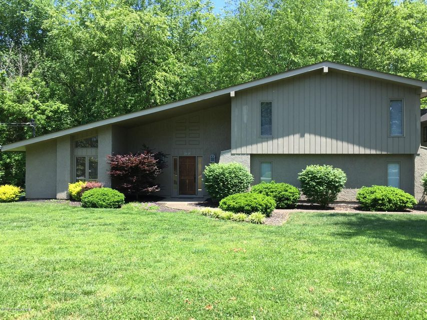 Single Family Home for Rent at 2417 Belknap Beach Road Prospect, Kentucky 40059 United States