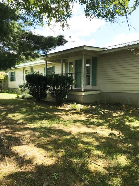 Single Family Home for Sale at 2110 Ridge Road 2110 Ridge Road Pendleton, Kentucky 40055 United States