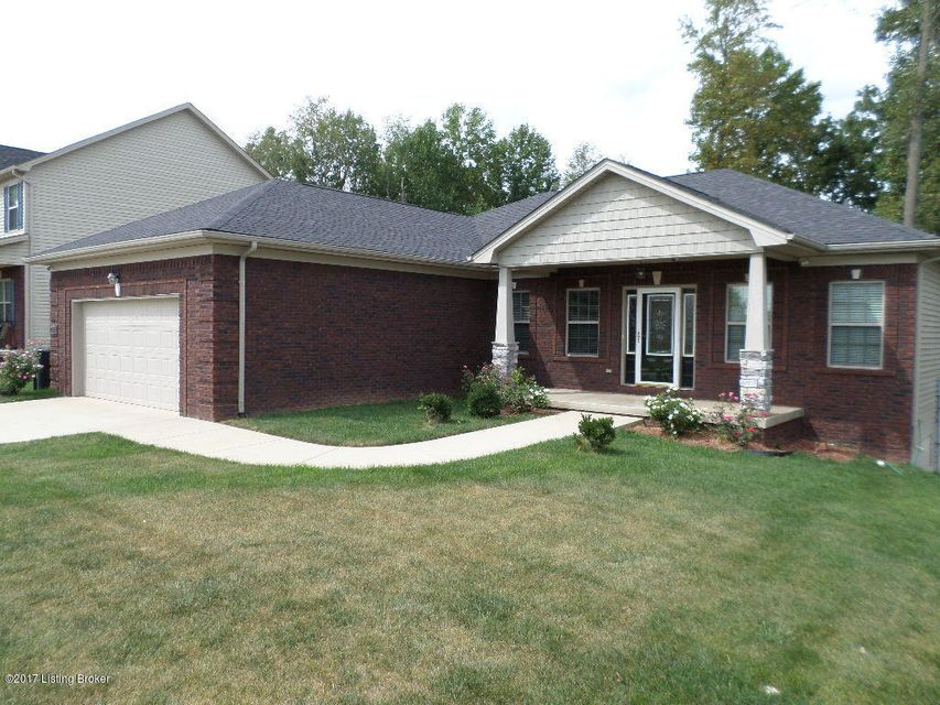 Single Family Home for Sale at 206 Sangria Drive 206 Sangria Drive Vine Grove, Kentucky 40175 United States