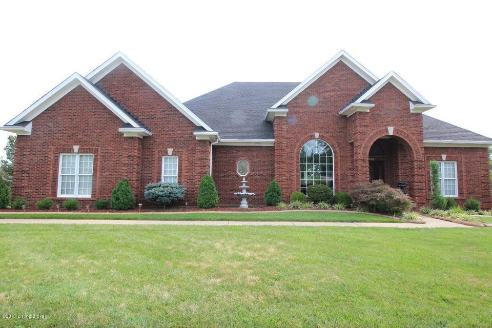 Single Family Home for Sale at 14619 Landis Lakes Drive 14619 Landis Lakes Drive Louisville, Kentucky 40245 United States