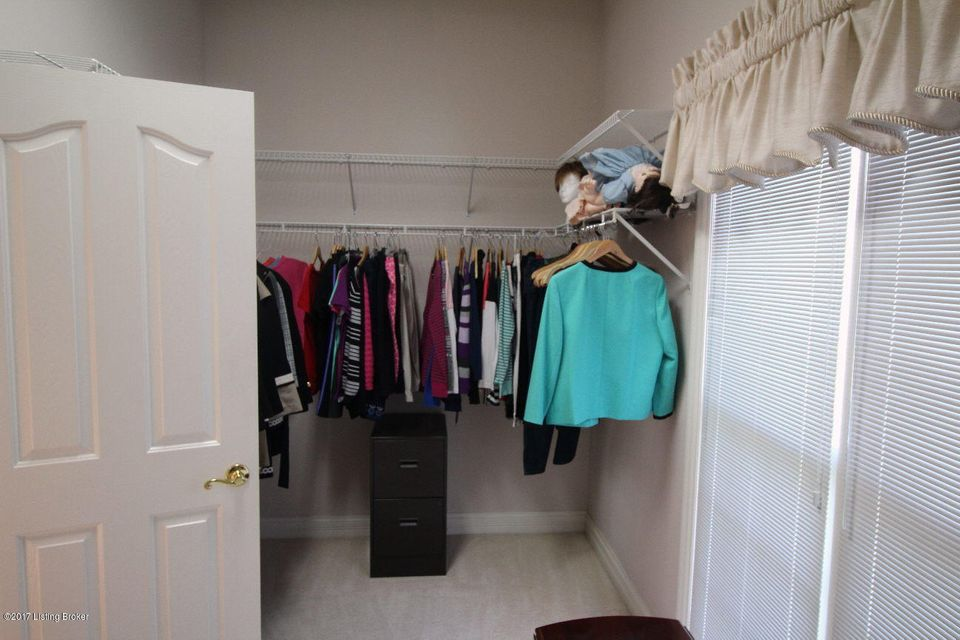 Additional photo for property listing at 14619 Landis Lakes Drive 14619 Landis Lakes Drive Louisville, Kentucky 40245 United States