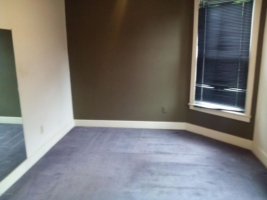 Additional photo for property listing at 2907 Virginia Avenue  Louisville, Kentucky 40211 United States