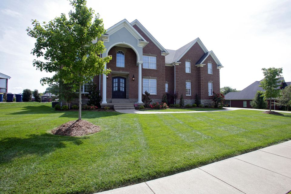 Single Family Home for Sale at 6702 Clore Lake Road 6702 Clore Lake Road Crestwood, Kentucky 40014 United States