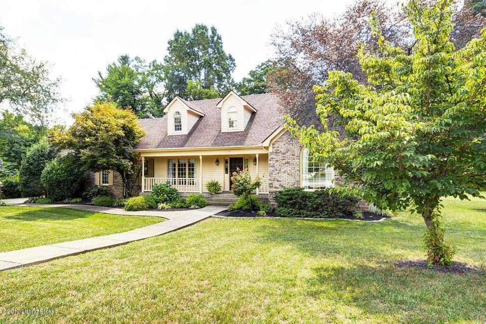 Single Family Home for Sale at 117 Stoney Creek Court Pewee Valley, Kentucky 40056 United States