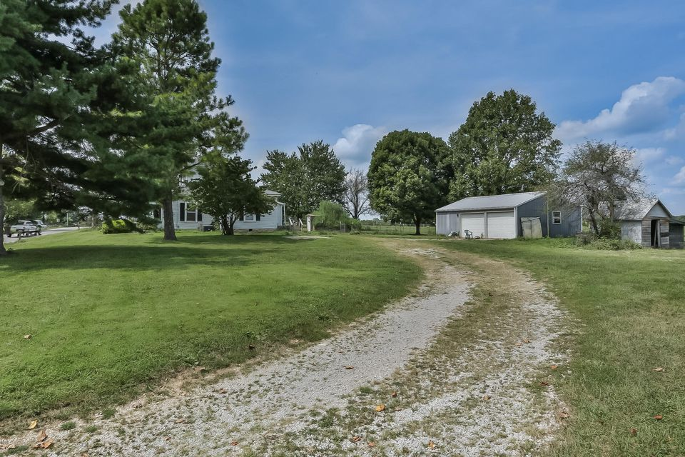 Additional photo for property listing at 2178 Christianburg Road  Bagdad, Kentucky 40003 United States
