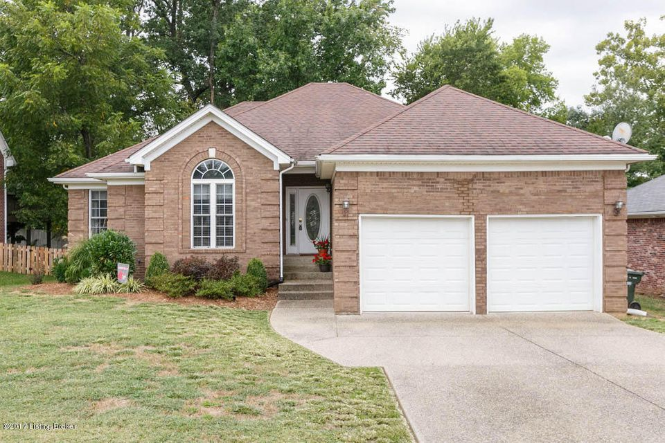 Single Family Home for Sale at 195 River Edge Drive 195 River Edge Drive Shepherdsville, Kentucky 40165 United States