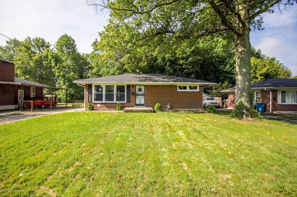 Single Family Home for Sale at 3226 NEW LYNNVIEW Drive Louisville, Kentucky 40216 United States