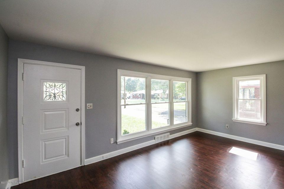 Additional photo for property listing at 3226 NEW LYNNVIEW Drive  Louisville, Kentucky 40216 United States