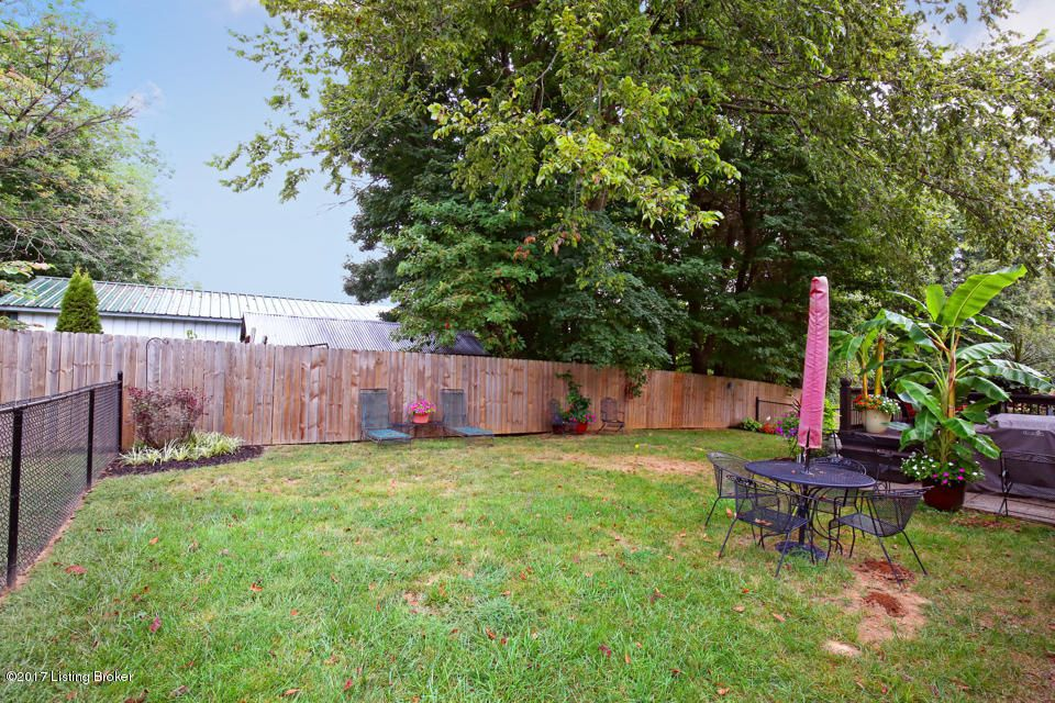 Additional photo for property listing at 217 Nipper Court 217 Nipper Court Shepherdsville, Kentucky 40165 United States