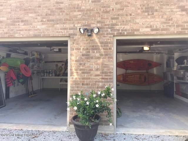 Additional photo for property listing at 1617 Bobber Court  La Grange, Kentucky 40031 United States
