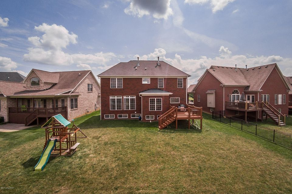 Additional photo for property listing at 11417 Expedition Trail  Louisville, Kentucky 40291 United States