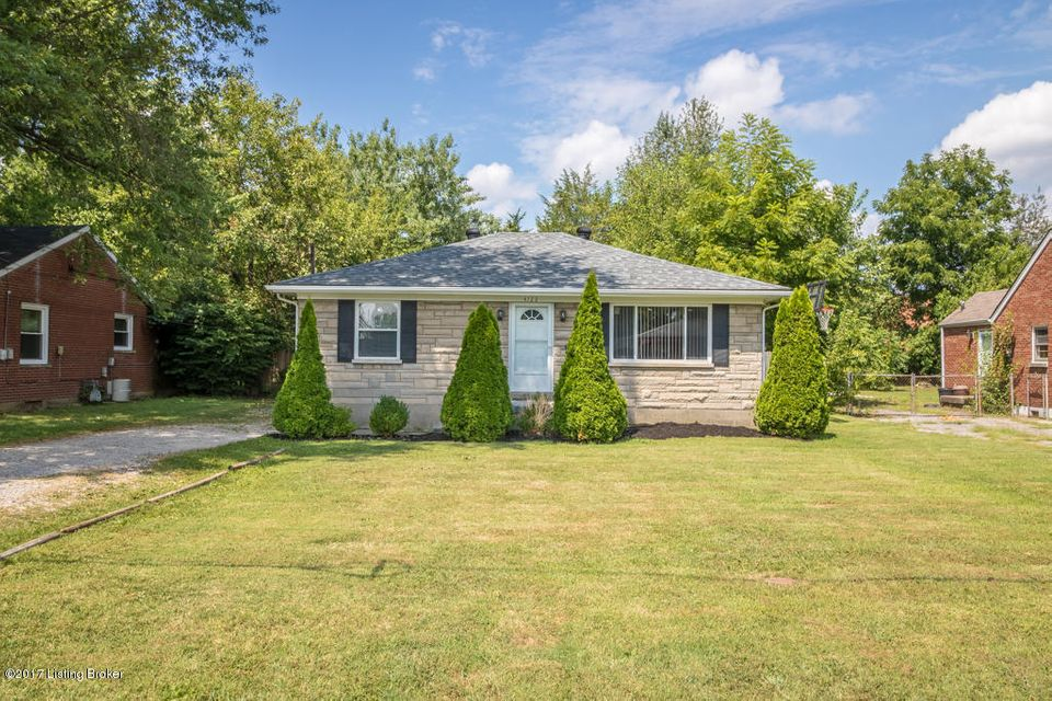 Single Family Home for Sale at 4722 Van Hoose Road Louisville, Kentucky 40216 United States