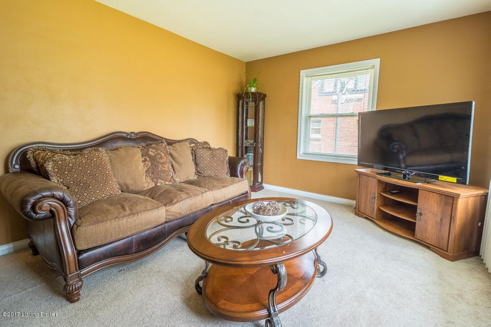 Additional photo for property listing at 4722 Van Hoose Road  Louisville, Kentucky 40216 United States