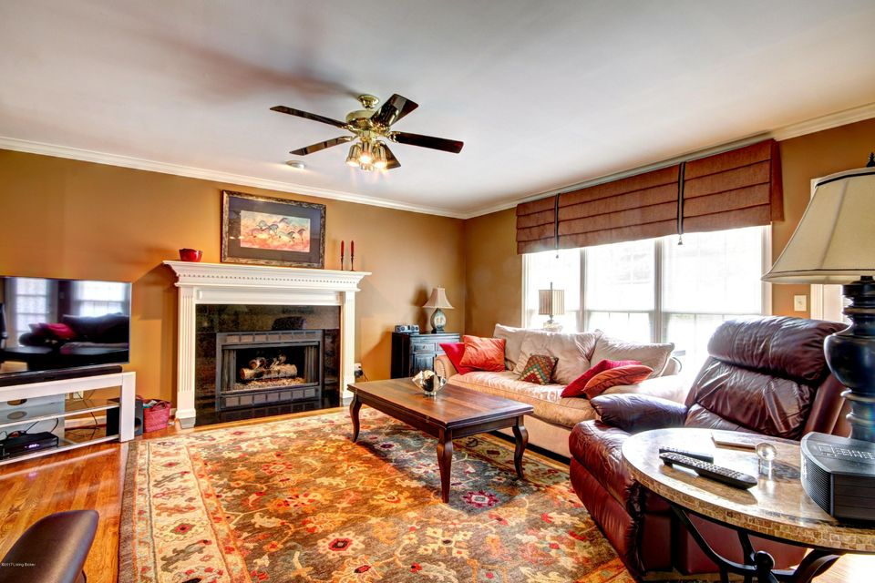 Additional photo for property listing at 7610 Beech Spring Court  Louisville, Kentucky 40241 United States