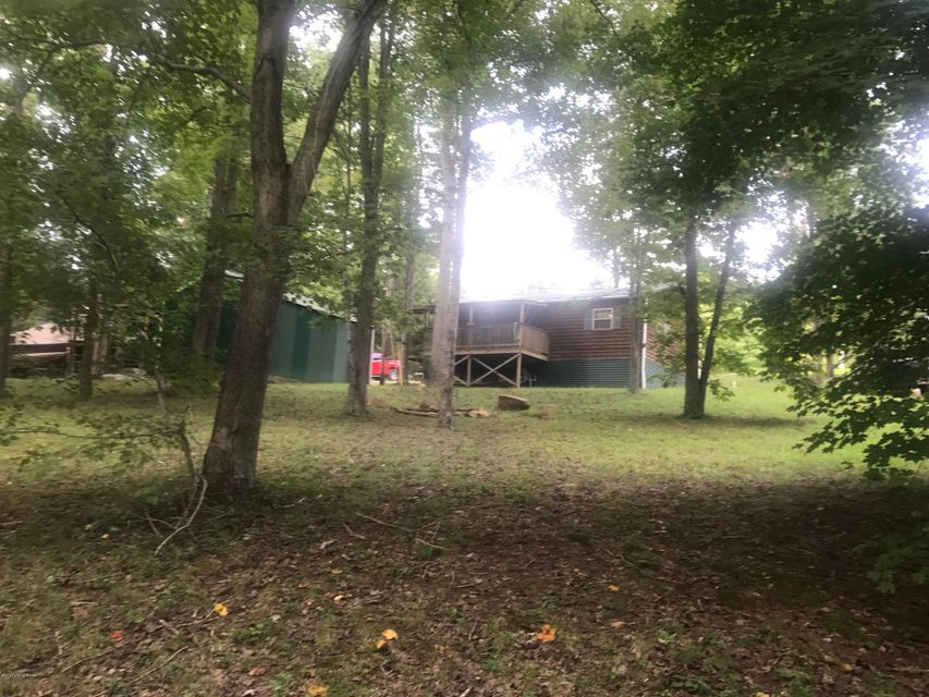 Additional photo for property listing at 473 old Fat bruce Road 473 old Fat bruce Road Falls Of Rough, Kentucky 40119 United States