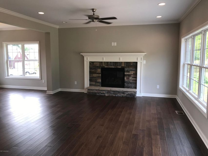 Additional photo for property listing at 1214 Ava Pearls Way 1214 Ava Pearls Way Louisville, Kentucky 40245 United States