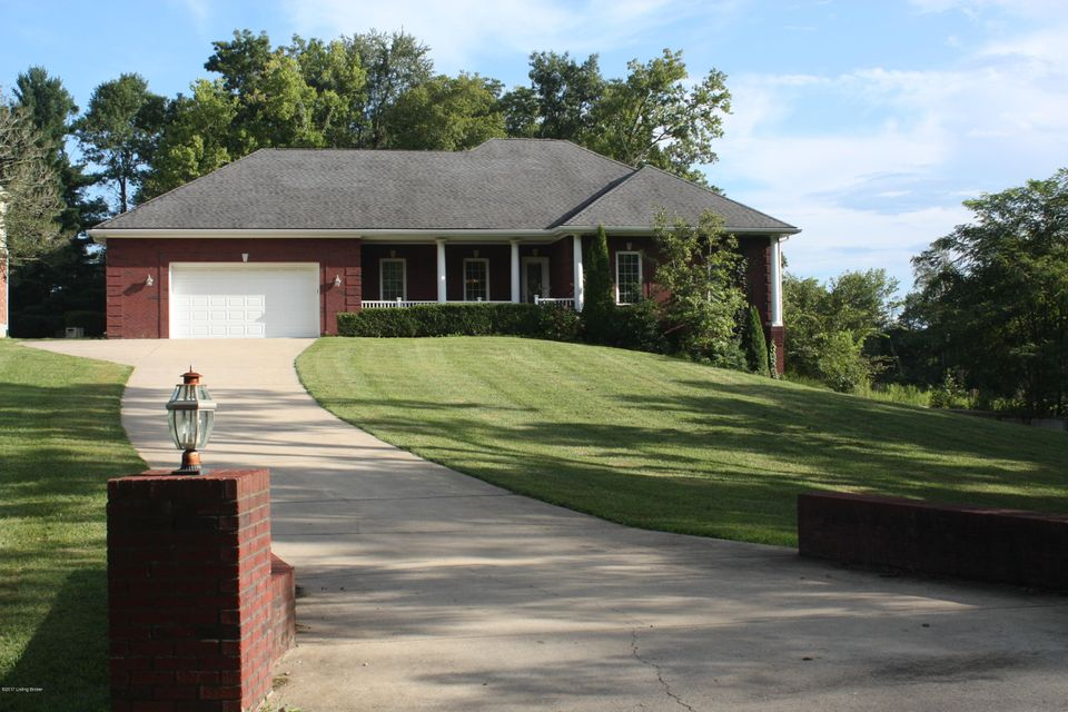 Single Family Home for Sale at 1098 N Pope Lick Road 1098 N Pope Lick Road Louisville, Kentucky 40299 United States
