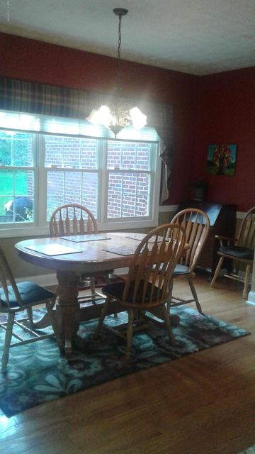 Additional photo for property listing at 106 Englewood Drive  Bardstown, Kentucky 40004 United States
