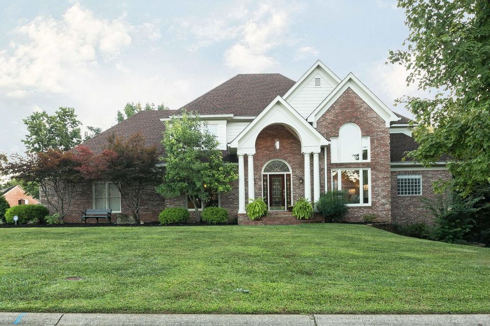 Single Family Home for Sale at 7006 Breakwater Place Prospect, Kentucky 40059 United States