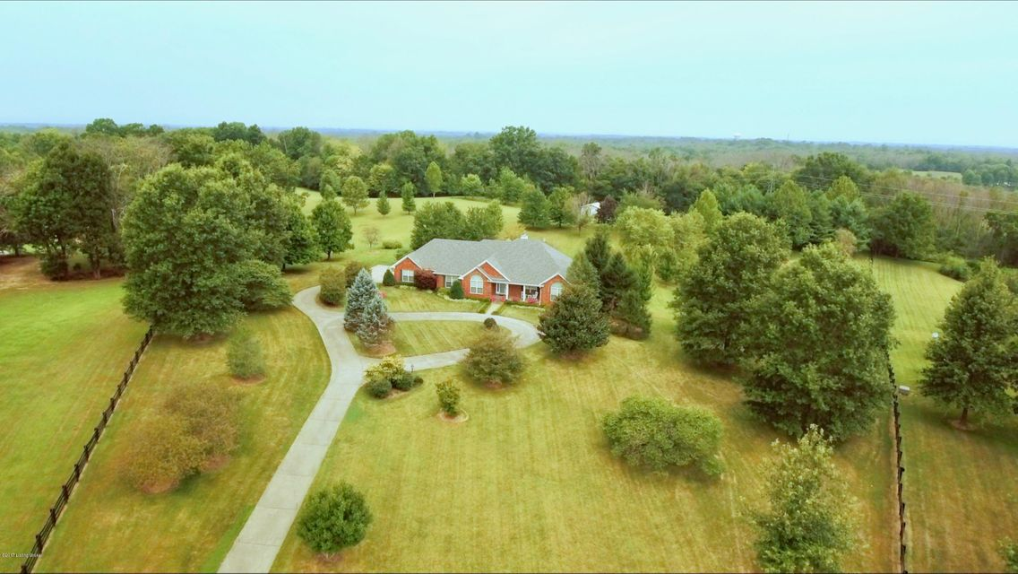 Single Family Home for Sale at 387 Old Stone Road 387 Old Stone Road Simpsonville, Kentucky 40067 United States