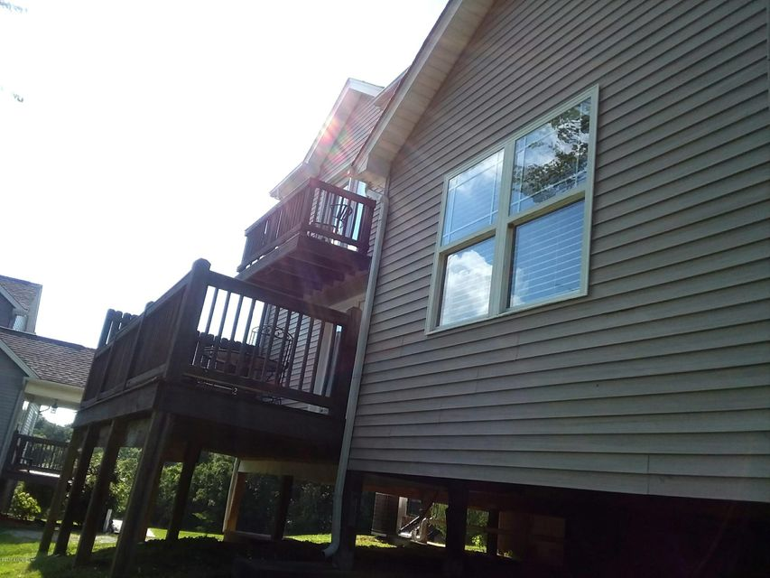 Additional photo for property listing at 19 Driftwood Court 19 Driftwood Court Taylorsville, Kentucky 40071 United States