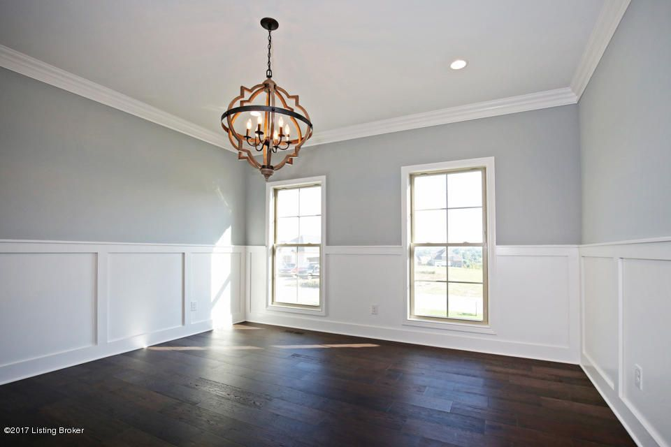 Additional photo for property listing at 5803 Brentwood Drive 5803 Brentwood Drive Crestwood, Kentucky 40014 United States