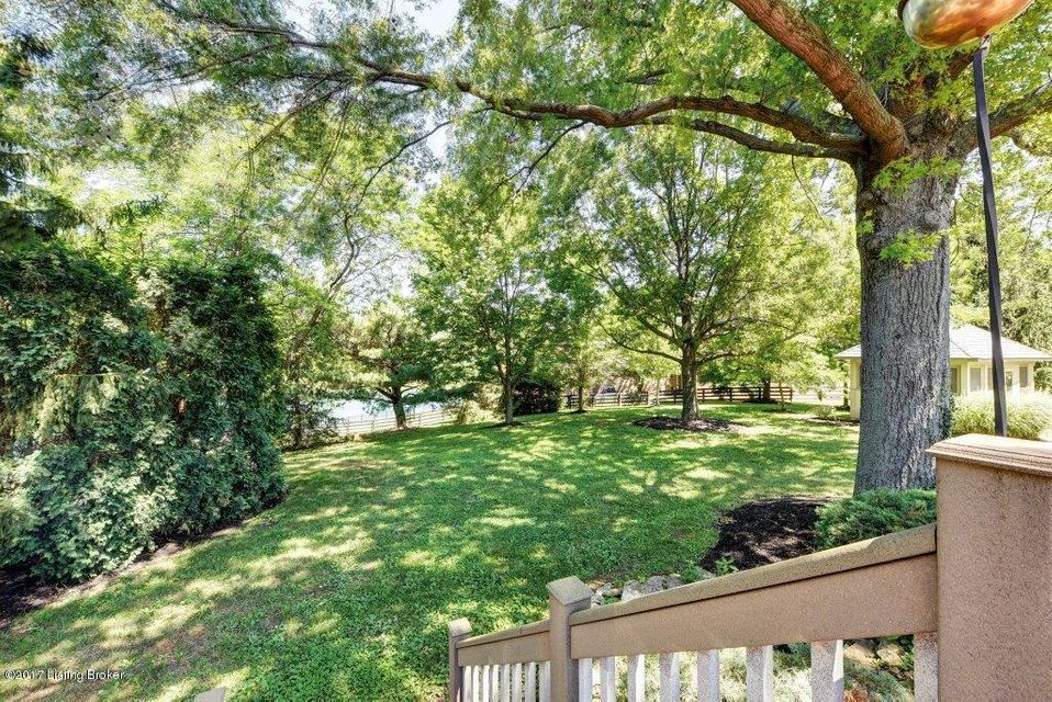 Additional photo for property listing at 8211 Spring Glade Place  Prospect, Kentucky 40059 United States